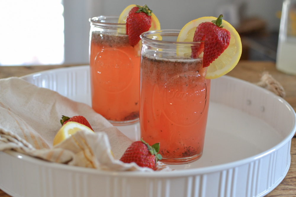 The perfect Strawberry Lemon Mojito Cocktail for warm days