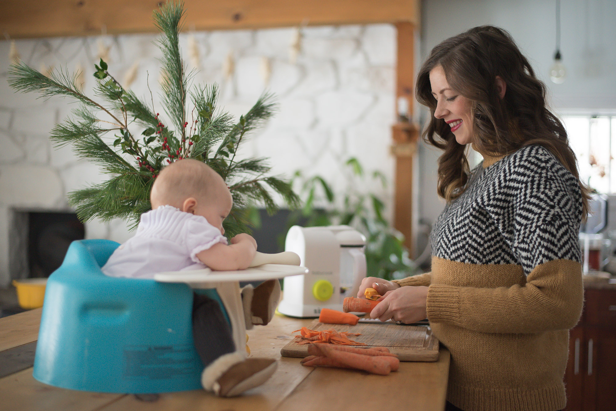 How to make Homemade baby food in one easy to use machine. Just add the ingredients and turn it on!