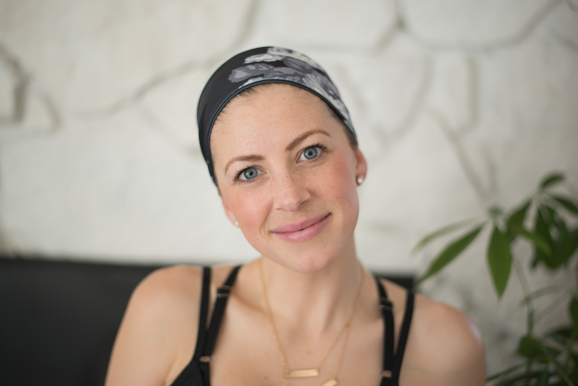 3 ways to style your hair for the gym with one headband from Albion fit