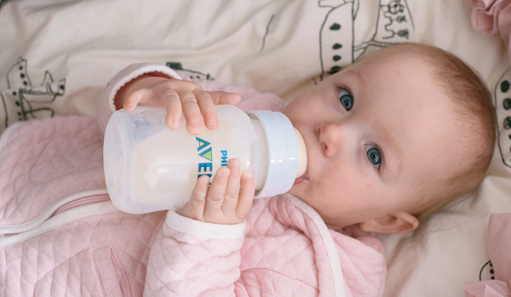 Wild Rosebuds: Gain back my independance with Philips Avent Anti-Colic Bottles