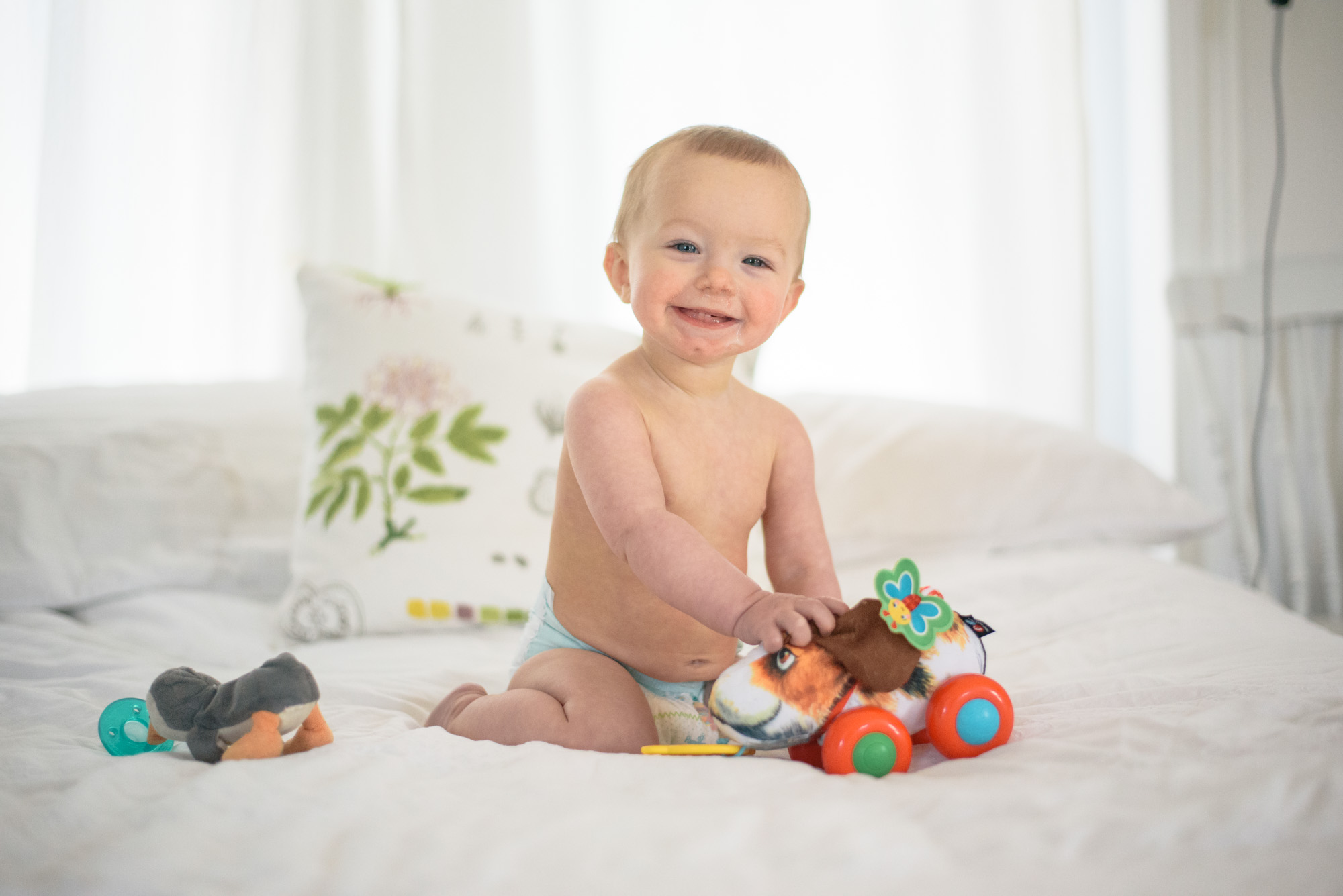 Wild Rosebuds: Calming our baby's skin with Dove Baby