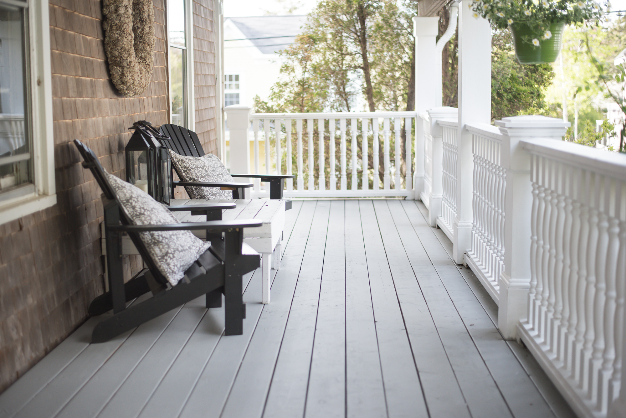 5 Things You Need To Know Before Re-Painting Your Deck
