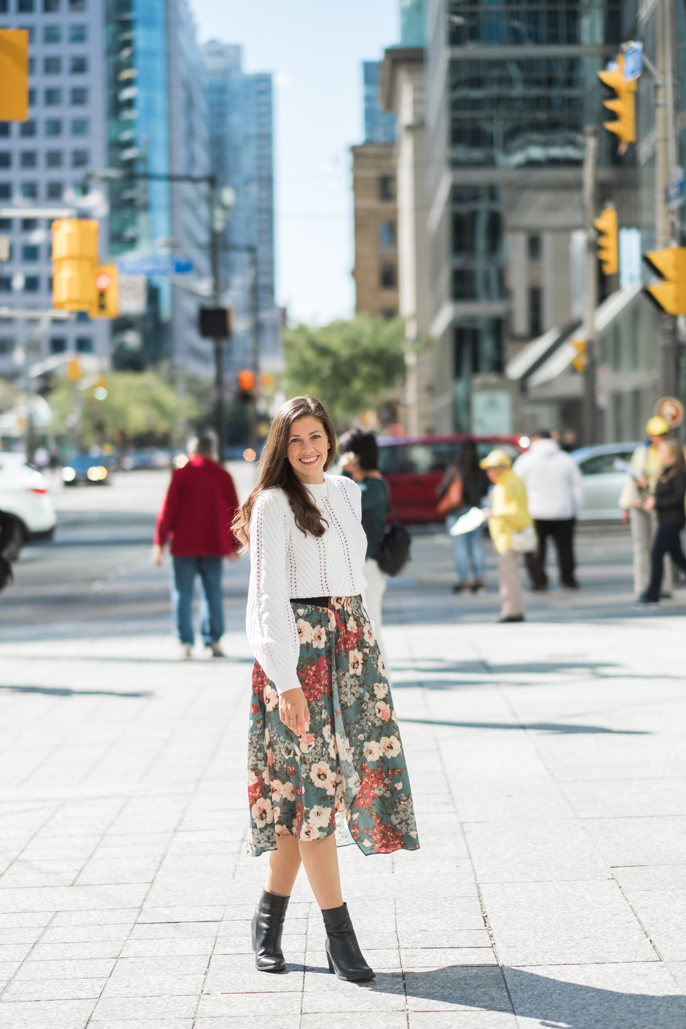 Wild Rosebuds in Downtown Toronto wearing Floral Zara Skirt and White Sweater from Forever 21