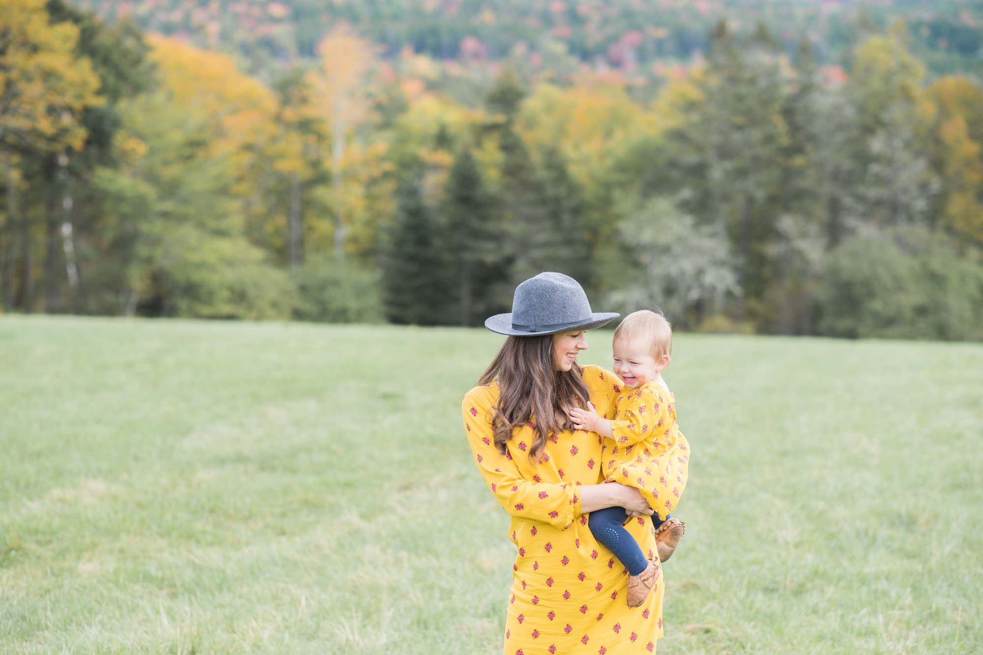 Wild Rosebuds| Road Trip Series| twinning yellow dresses from Old Navy