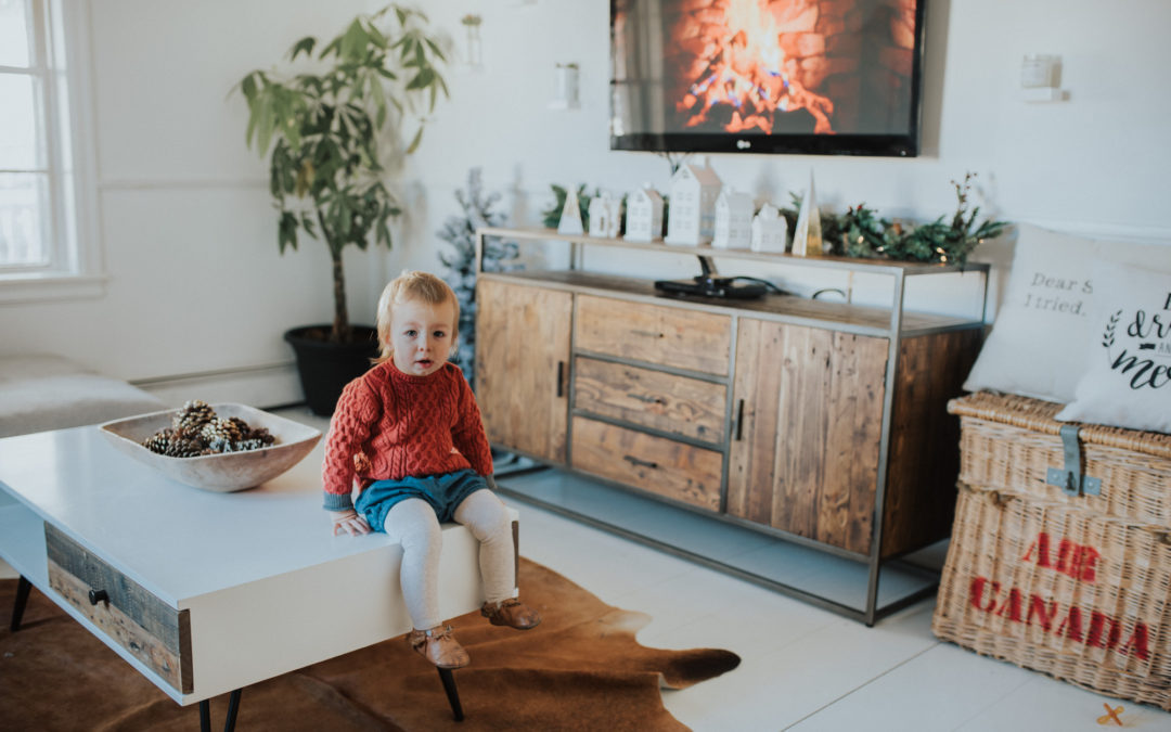 How To Style an Entertainment Unit For The Holidays