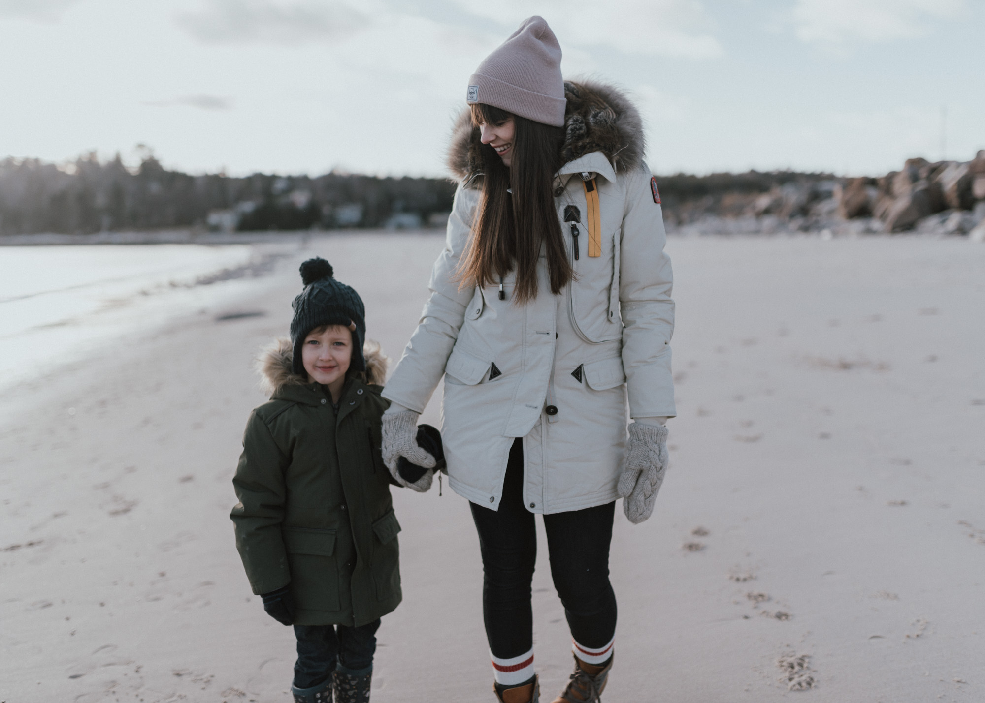 Wild Rosebuds | setting goals for 2018 | family beach walk in a Parajumper Parka and Yoga Jeans