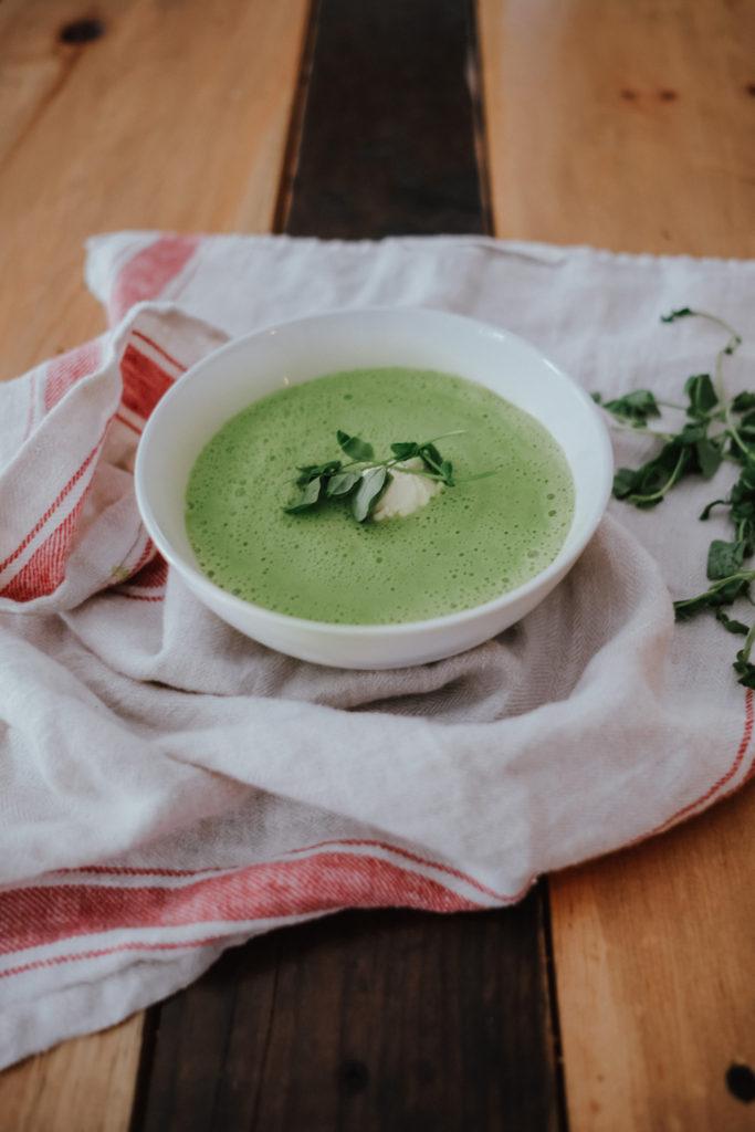 vegan freindly spring pea soup