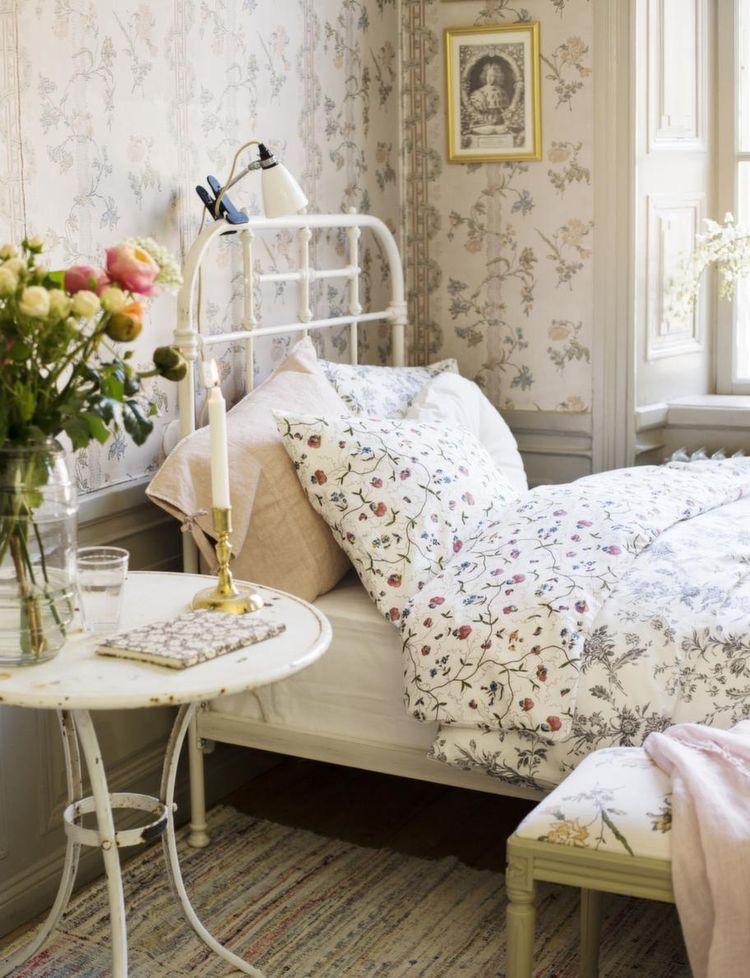The Wild Decoelis | New House Inspo: Poppy's Room | french country little girls room