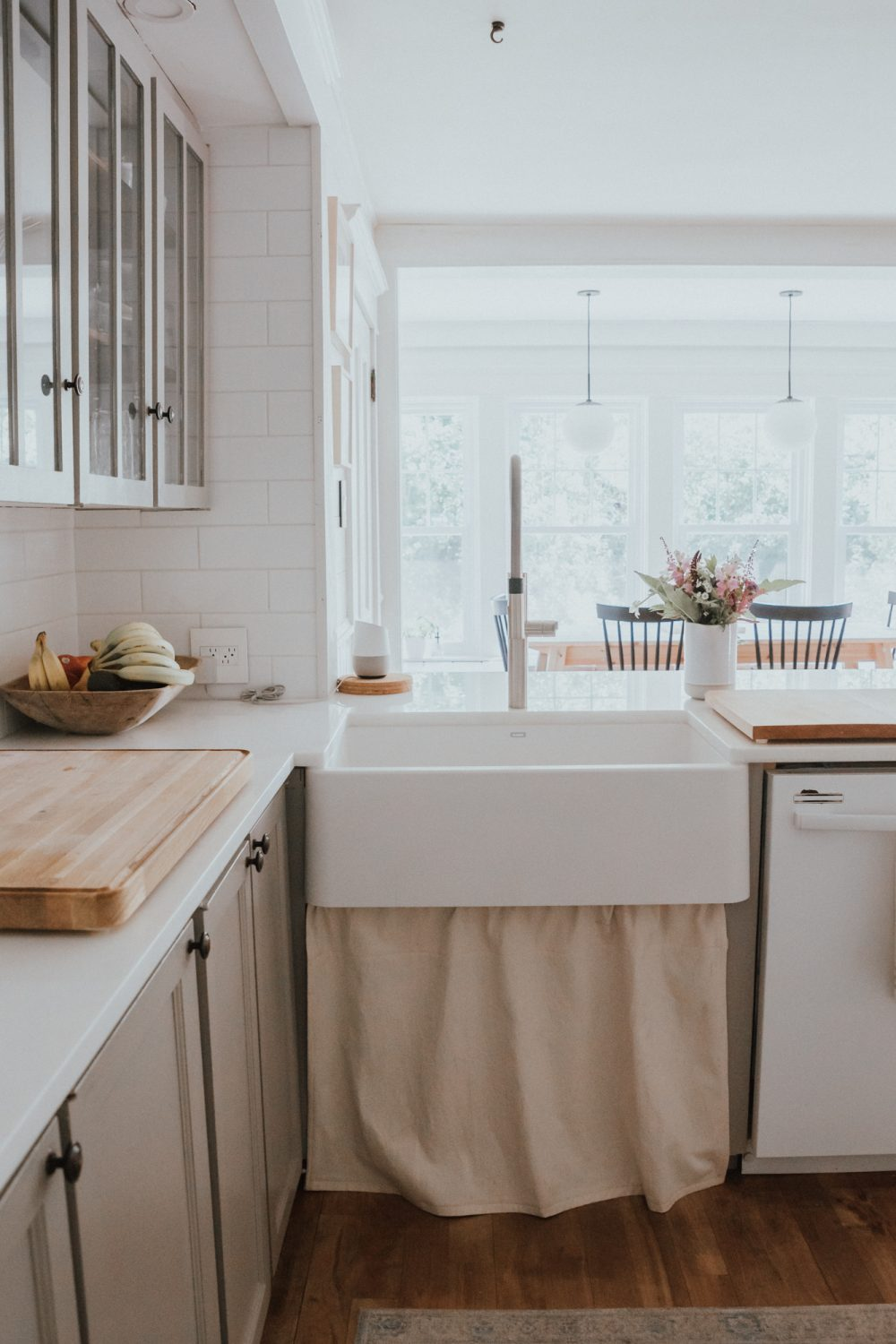 The Wild Decoelis| Our Kitchen Reno : Before and after | blanco farmhouse sink