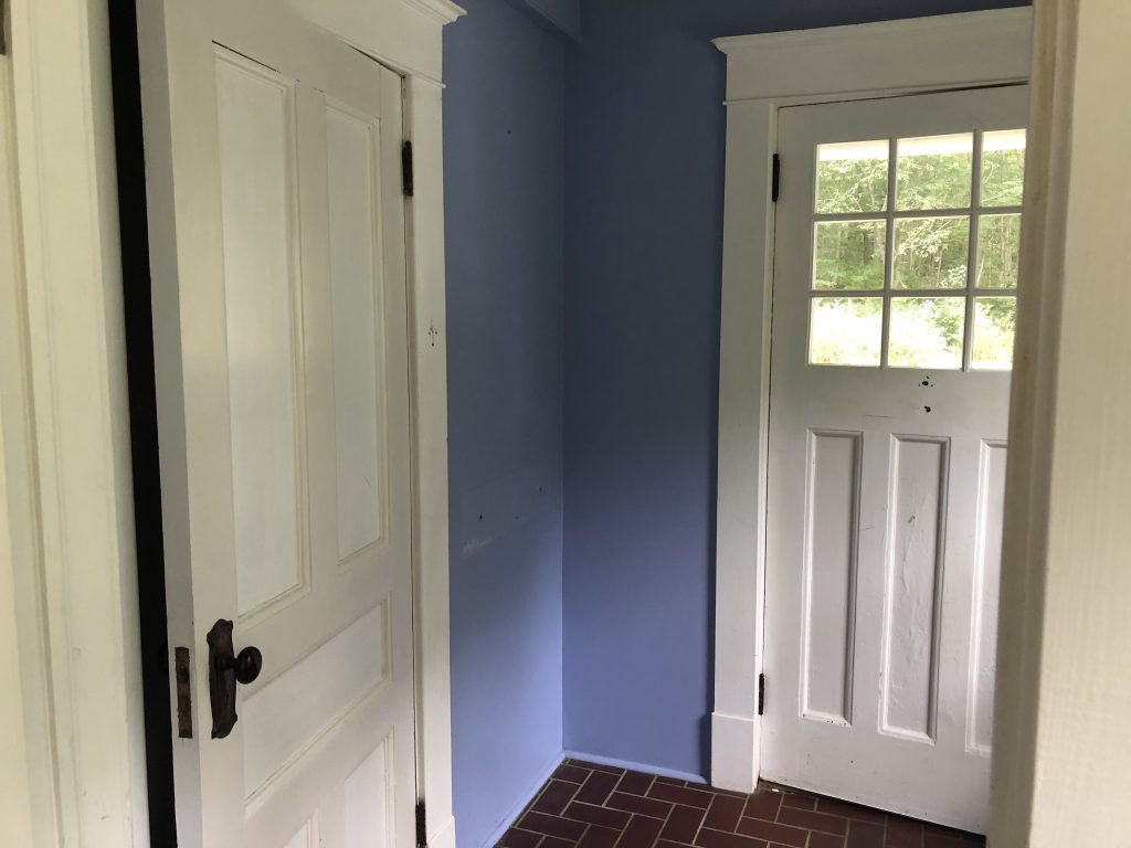 The Wild Decoelis | before photo of mud room