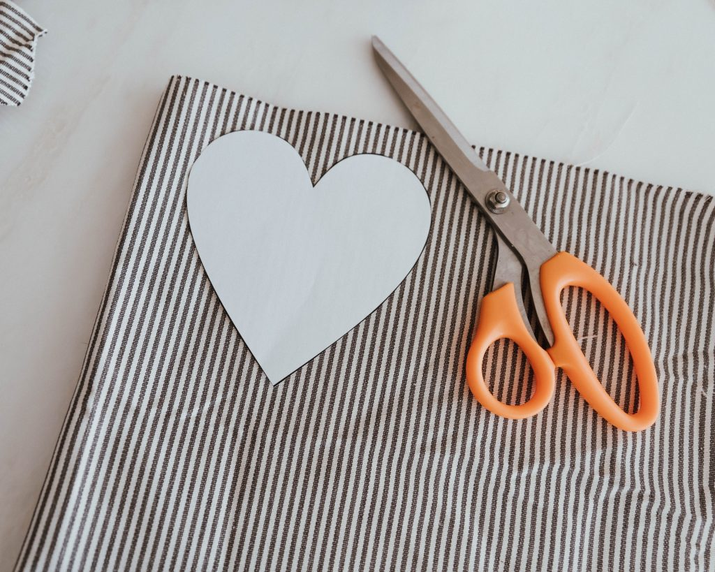 The Wild Decoelis | stuffed French ticking fabric heart garland for easy and simple valentines day DIY