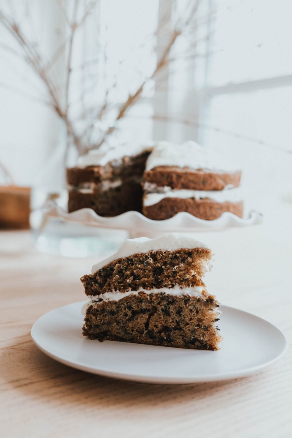 The Yummiest, Easiest Carrot Cake