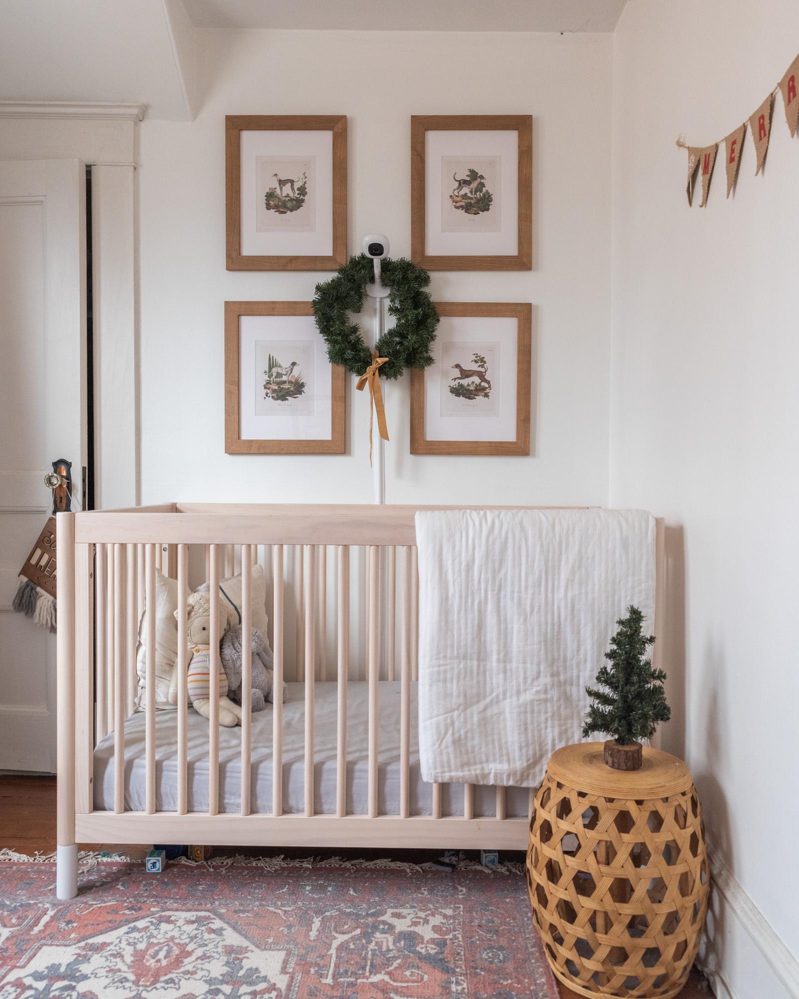 The Wild decoelis | 2020 Holiday Home Tour | Nursery with Christmas decorations, dog vintage prints, cuddle and kind teddy bear, vintage wool rug